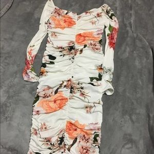 Boohoo runched dress small